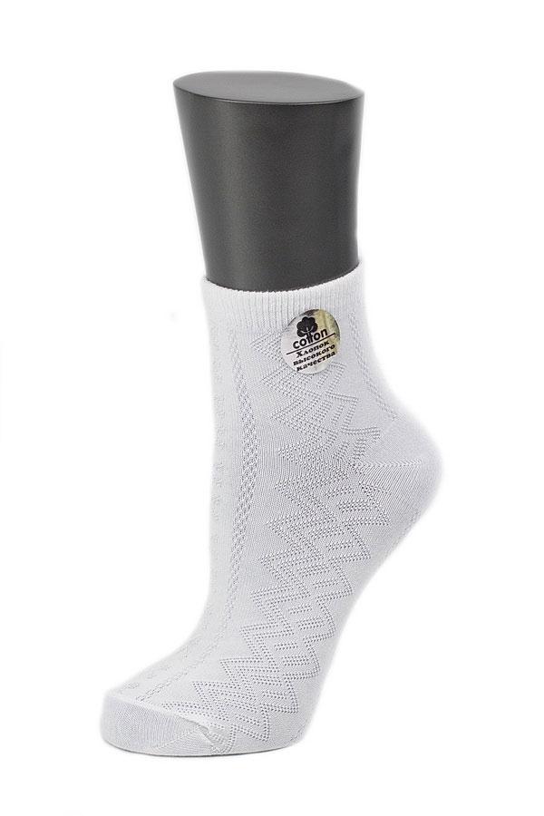 Носки женские Alla Buone, цвет: белый. CD026. Размер 23 (35-37)026CDУдобные носки Alla Buone, изготовленные из высококачественного комбинированного материала, очень мягкие и приятные на ощупь, позволяют коже дышать. Эластичная резинка плотно облегает ногу, не сдавливая ее, обеспечивая комфорт и удобство. Носки с ажурным узором с паголенком классической длины. Практичные и комфортные носки великолепно подойдут к любой вашей обуви.