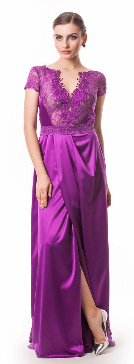 Платье Seam, цвет: пурпурный. 4660_605. Размер M (46)4660_605Стильное платье Seam выполнено из полиэстера с добавлением спандекса. Платье-макси с круглым вырезом горловины и короткими кружевными рукавами. Лиф модели оформлен вставками из сетчатого и кружевного материала и декорирован вышитыми цветами. Двойная юбка модели имеет небольшой запах. По талии платье присобрано на резинку и дополнена мягкими складками. К изделию прилагается текстильный пояс застегивающийся на пуговицу.