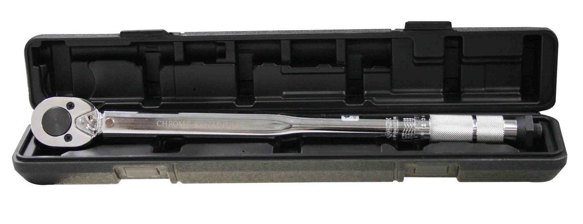 Ключ динамометрический Berger, 1/2, 28-210 Нм. BG-12 TWBG-12TWДинамометрический ключ Berger щелчкового (предельного) типа с флажковым переключателем направления вращения, позволяет работать с болтовыми соединениями с правосторонней резьбой. Во время работы с таким ключом при достижении выставленной нагрузки раздается щелчок. Для удобства хранения и транспортировки инструмент упакован в пластиковый кейс.Диапазон моментов затягивания от 28 до 210 Нм. Длина ключа: 45 см.