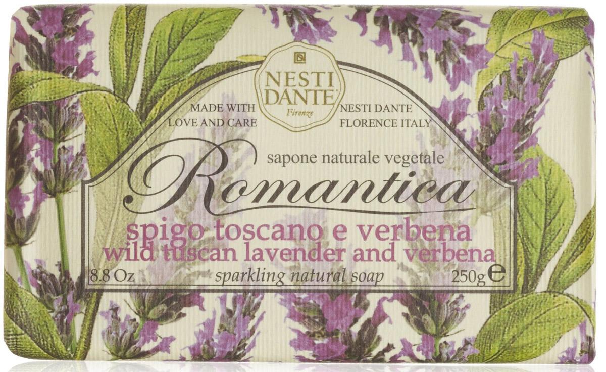 Мыло Nesti Dante Romantica. Тосканская лаванда и вербена, 250 г1307106Натуральное мыло премиум-класса Nesti Dante Romantica. тосканская лаванда и вербена - два букета, бережно отобранные самые романтичные и эмоциональные ароматы, самые незабываемые моменты нашей жизни в магии цветов провинции Тоскана. Аромат лаванды оказывает умиротворяющее действие, повышает внимание, улучшает память и помогает справиться с депрессией. Аромат вербены - легкий, карамельно-леденцовый, свежий и терпкий одновременно. Легкая, приятная композиция напомнит свежесть лепестков омытых утреней росой.Изысканная флорентийская бумага, в которую завернуто мыло, расписана акварелью, на каждом кусочке мыла выгравирована надпись With Love And Care (С любовю и заботой). Характеристики:Вес: 250 г. Производитель: Италия. Товар сертифицирован. Nesti Dante - одна из немногих итальянских мыловаренных фабрик, которая продолжает использовать в производстве только натуральные ингредиенты и кустарный способ производства. Тщательный выбор каждого ингредиента в отдельности позволяет использовать ценное сырье, такое как цельные нейтральные растительные и животные жиры и эти качественные материалы позволяют получать более обогащенное и более мягкое мыло благодаря присутствию фракции глицерида в жирах.