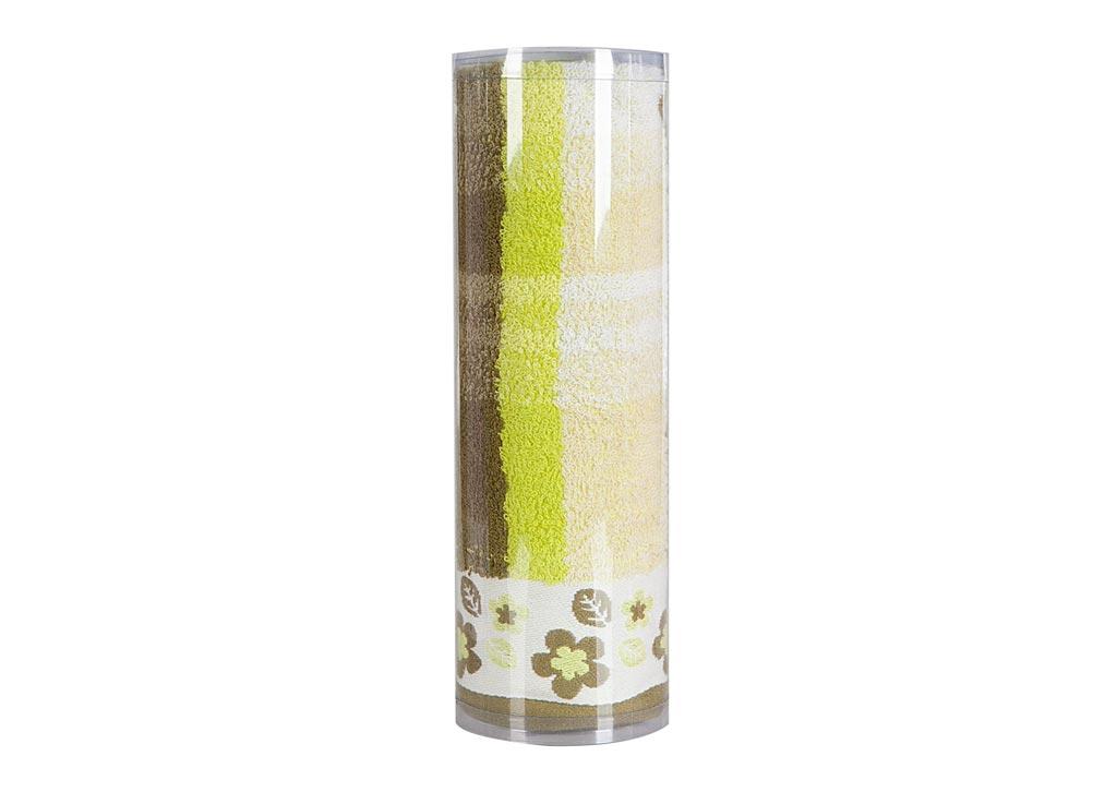 Полотенце махровое Soavita Renata, цвет: зеленый, 48 х 90 см83010Махровое полотно создается из хлопковых нитей, которые, в свою очередь, прядутся из множества хлопковых волокон. Чем длиннее эти волокна, тем прочнее будет нить, и, соответственно, изделие. Длина составляющих хлопковую нить волокон влияет и на фактуру получаемой ткани: чем они длиннее, тем мягче и пушистее получится махровое изделие, тем лучше будет впитывать изделие воду. Хотя на впитывающие качество махры – ее гигроскопичность, не в последнюю очередь влияет состав волокна. Мягкая махровая ткань отлично впитывает влагу и быстро сохнет. Soavita – это популярный бренд домашнего текстиля. Дизайнерская студия этой фирмы находится во Флоренции, Италия. Производство перенесено в Китай, чтобы сделать продукцию более доступной для покупателей. Таким образом, вы имеете возможность покупать продукцию европейского качества совсем не дорого. Домашний текстиль прослужит вам долго: все детали качественно прошиты, ткани очень плотные, рисунок наносится безопасными для здоровья красителями, не линяет и держится много лет. Все изделия упакованы в подарочные упаковки.