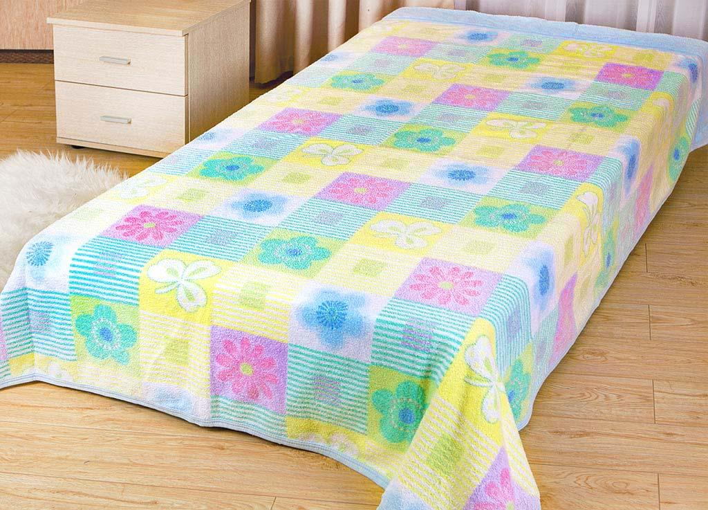 Покрывало Soavita Цветы, цвет: голубой, сиреневый, желтый, 180 х 220 см62955Покрывало Soavita Цветы изготовлено из экологически чистого 100% хлопка, поэтому подходит как для взрослых, так и для детей. Оно будет хорошо смотреться и на диване, и на большой кровати. Благодаря яркому и необычному дизайну, покрывало не только подарит тепло, но и гармонично впишется в интерьер вашего дома.