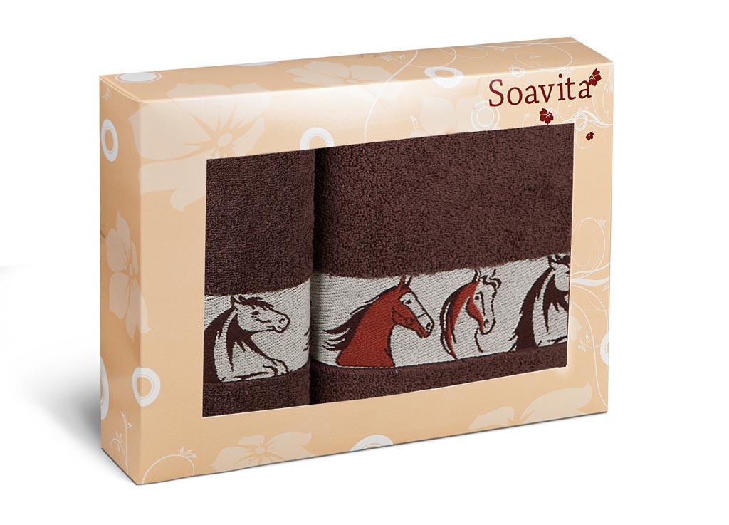 Набор махровых полотенец Soavita Лошади, цвет: коричневый, 2 шт70335Махровое полотно создается из хлопковых нитей, которые, в свою очередь, прядутся из множества хлопковых волокон. Чем длиннее эти волокна, тем прочнее будет нить, и, соответственно, изделие. Длина составляющих хлопковую нить волокон влияет и на фактуру получаемой ткани: чем они длиннее, тем мягче и пушистее получится махровое изделие, тем лучше будет впитывать изделие воду. Хотя на впитывающие качество махры – ее гигроскопичность, не в последнюю очередь влияет состав волокна. Мягкая махровая ткань отлично впитывает влагу и быстро сохнет.