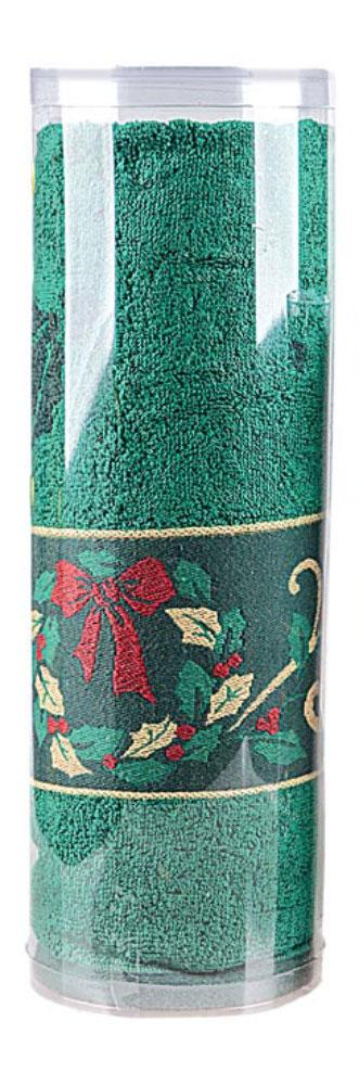 Полотенце махровое Soavita Garland, цвет: зеленый, 70 х 130 см70369Махровое полотно создается из хлопковых нитей, которые, в свою очередь, прядутся из множества хлопковых волокон. Чем длиннее эти волокна, тем прочнее будет нить, и, соответственно, изделие. Длина составляющих хлопковую нить волокон влияет и на фактуру получаемой ткани: чем они длиннее, тем мягче и пушистее получится махровое изделие, тем лучше будет впитывать изделие воду. Хотя на впитывающие качество махры – ее гигроскопичность, не в последнюю очередь влияет состав волокна. Мягкая махровая ткань отлично впитывает влагу и быстро сохнет. Soavita – это популярный бренд домашнего текстиля. Дизайнерская студия этой фирмы находится во Флоренции, Италия. Производство перенесено в Китай, чтобы сделать продукцию более доступной для покупателей. Таким образом, вы имеете возможность покупать продукцию европейского качества совсем не дорого. Домашний текстиль прослужит вам долго: все детали качественно прошиты, ткани очень плотные, рисунок наносится безопасными для здоровья красителями, не линяет и держится много лет. Все изделия упакованы в подарочные упаковки.