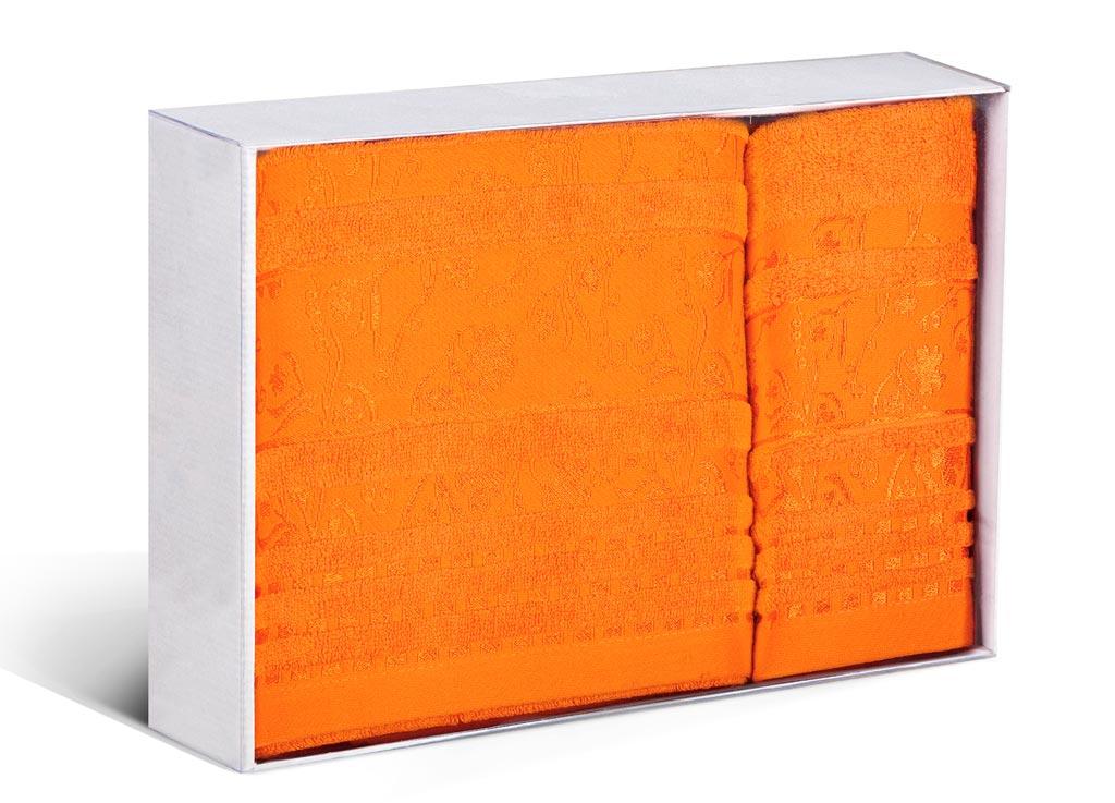 Набор махровых полотенец Soavita Sandra, цвет: оранжевый, 2 шт4974Махровое полотно создается из хлопковых нитей, которые, в свою очередь, прядутся из множества хлопковых волокон. Чем длиннее эти волокна, тем прочнее будет нить, и, соответственно, изделие. Длина составляющих хлопковую нить волокон влияет и на фактуру получаемой ткани: чем они длиннее, тем мягче и пушистее получится махровое изделие, тем лучше будет впитывать изделие воду. Хотя на впитывающие качество махры – ее гигроскопичность, не в последнюю очередь влияет состав волокна. Мягкая махровая ткань отлично впитывает влагу и быстро сохнет.