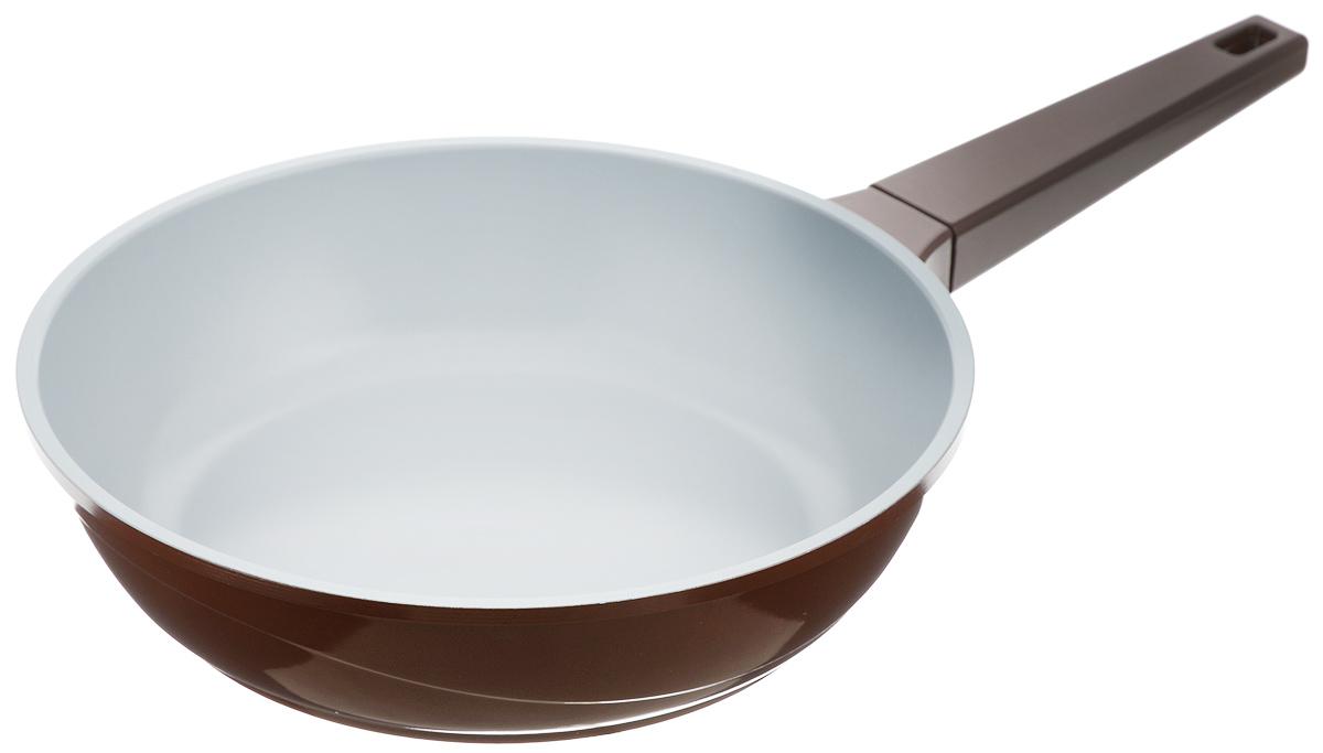 Сковорода Biostal, с керамическим покрытием, цвет: коричневый, серый. Диаметр 28 см. FPD-28Bio-FPD-28 корич/серыйСковорода Biostal выполнена из литого алюминия с многослойным керамическим покрытием Ceralon на основе натуральных компонентов швейцарского производства Ilag. Утолщенное дно изделия обеспечивает равномерное распределение тепла по всей рабочей поверхности. Ненагревающаяся эргономичная ручка обеспечит удобный захват, превращая процесс приготовления пищи в удовольствие. Подходит для использования на газовых, электрических и стеклокерамических плитах, кроме индукционных. Можно мыть в посудомоечной машине.Диаметр сковороды: 28 см. Высота стенки: 7,5 см. Длина ручки: 19,5 см.