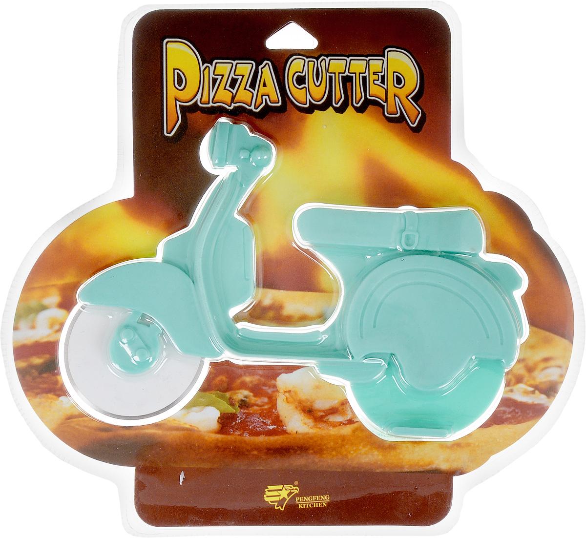 Нож для пиццы Empire of dishes Мопед, цвет: голубойIM99-4715/1Корпус ножа для пиццы Empire of dishes Мопед выполнен из пищевого пластика, лезвие, выполняющее функцию колеса, из высококачественной стали. Использование этого приспособления позволит равномерно и аккуратно разрезать пиццу на кусочки.Диаметр лезвия: 5,3 см.Общий размер ножа: 17 х 11 х 2 см.