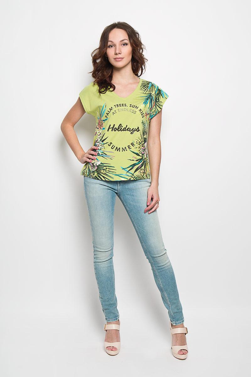 Фото Футболка женская BeGood, цвет: светло-зеленый, мультиколор. SS16-BGUZ-502. Размер 60. Купить в РФ