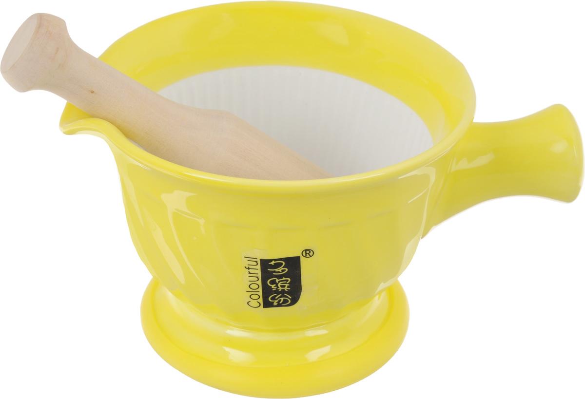 Ступка с пестиком Empire of Dishes, цвет: желтыйIM99-5229Ступка с пестиком Empire of Dishes, выполненные из высококачественной керамики и дерева, украсят современныйинтерьер и добавят изысканный штрих вашему кухонному пространству. Изделия предназначены дляизмельчения различных специй и трав, орехов, чеснока, каперсов и многого другого. Дно ступки оснащено силиконовой вставкой. Для эффективного измельчения рабочая часть изделий шероховатая. С таким набором вы слегкостью добьетесь необходимой вам консистенции продукта.Не рекомендуется использовать в микроволновой печи и мыть в посудомоечной машине. Размер ступки (по верхнему краю): 14,5 см х 13 см.Диаметр дна ступки: 9,5 см.Глубина ступки: 8 см.Высота ступки: 10 см.Длина пестика: 15 см.Диаметр рабочей поверхности пестика: 7 х 3 см.