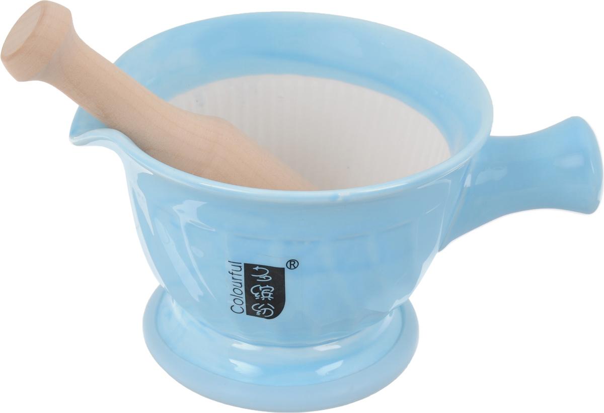 Ступка с пестиком Empire of Dishes, цвет: голубойIM99-5227Ступка с пестиком Empire of Dishes, выполненные извысококачественной керамики и дерева, украсят современный интерьер и добавят изысканный штрих вашему кухонномупространству. Изделия предназначены для измельчения различных специй и трав, орехов, чеснока,каперсов и многого другого. Дно ступки оснащено силиконовойвставкой.Для эффективного измельчения рабочая часть изделийшероховатая. С таким набором вы с легкостью добьетесь необходимой вам консистенциипродукта. Не рекомендуется использовать в микроволновой печи и мытьв посудомоечной машине.Размер ступки (по верхнему краю): 14,5 см х 13 см. Диаметр дна ступки: 9,5 см. Глубина ступки: 8 см. Высота ступки: 10 см. Длина пестика: 15 см. Диаметр рабочей поверхности пестика: 7 х 3 см.