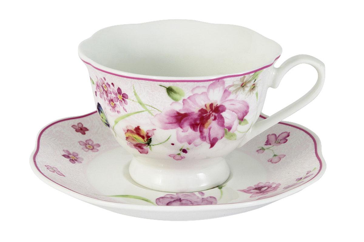 Чайная пара Primavera Розовые цветыPW-15-412A-ALЧайная пара Primavera Розовые цветы состоит из чашки и блюдца, изготовленных из фарфора с добавлением костной золы (7-15%), благодаря которой фарфор получается прозрачным и прочным. Изделия легкие, белоснежные, прочные. Нанесение сверкающей глазури, не содержащей свинца, придает изделиям превосходный блеск и особую прочность. Изделия декорированы изящным цветочным узором. Такая чайная пара оригинально дополнит сервировку стола к чаепитию и станет практичным приобретением для кухни.Посуда подходит для ежедневного использования. Благодаря отсутствию серебряной и золотой отделки посуду можно мыть в посудомоечной машине, а также использовать в микроволновой печи.