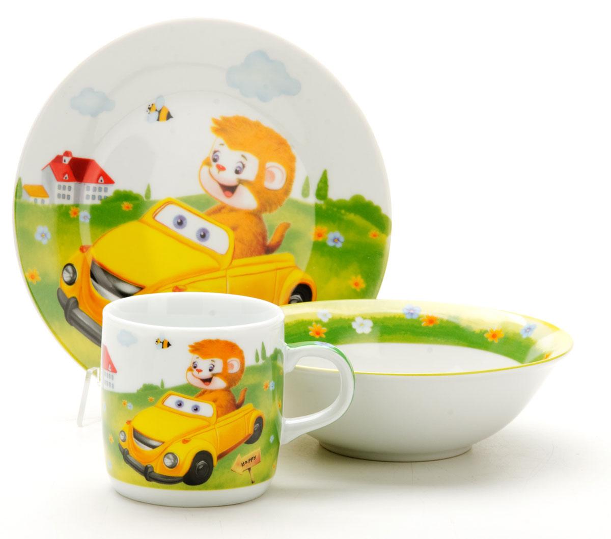 """Набор посуды Loraine"""" сочетает в себе изысканный дизайн с максимальной функциональностью. В набор входят суповая тарелка, обеденная тарелка и кружка.  Предметы набора выполнены из высококачественной керамики, декорированы красочным рисунком. Благодаря такому набору обед вашего ребенка будет еще вкуснее. Набор упакован в красочную, подарочную упаковку.   Диаметр суповой тарелки: 15 см.  Диаметр обеденной тарелки: 17,5 см.  Объем кружки: 230 мл."""