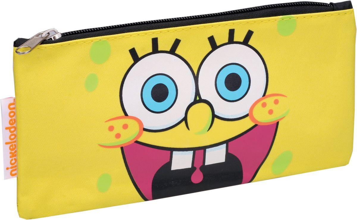 Centrum Пенал Sponge Bob87307Пенал Centrum Sponge Bob станет не только практичным, но и стильным школьным аксессуаром.Он выполнен из прочного полиэстера и закрывается на застежку-молнию. Состоит из одного вместительного отделения, в котором без труда поместятся канцелярские принадлежности. Пенал оформлен красочным изображением главного героя мультсериала Sponge Bob. Такой пенал станет незаменимым помощником для школьника. С ним ручки и карандаши всегда будут под рукой и больше не потеряются, а изображение любимого героя обязательно поднимет настроение!