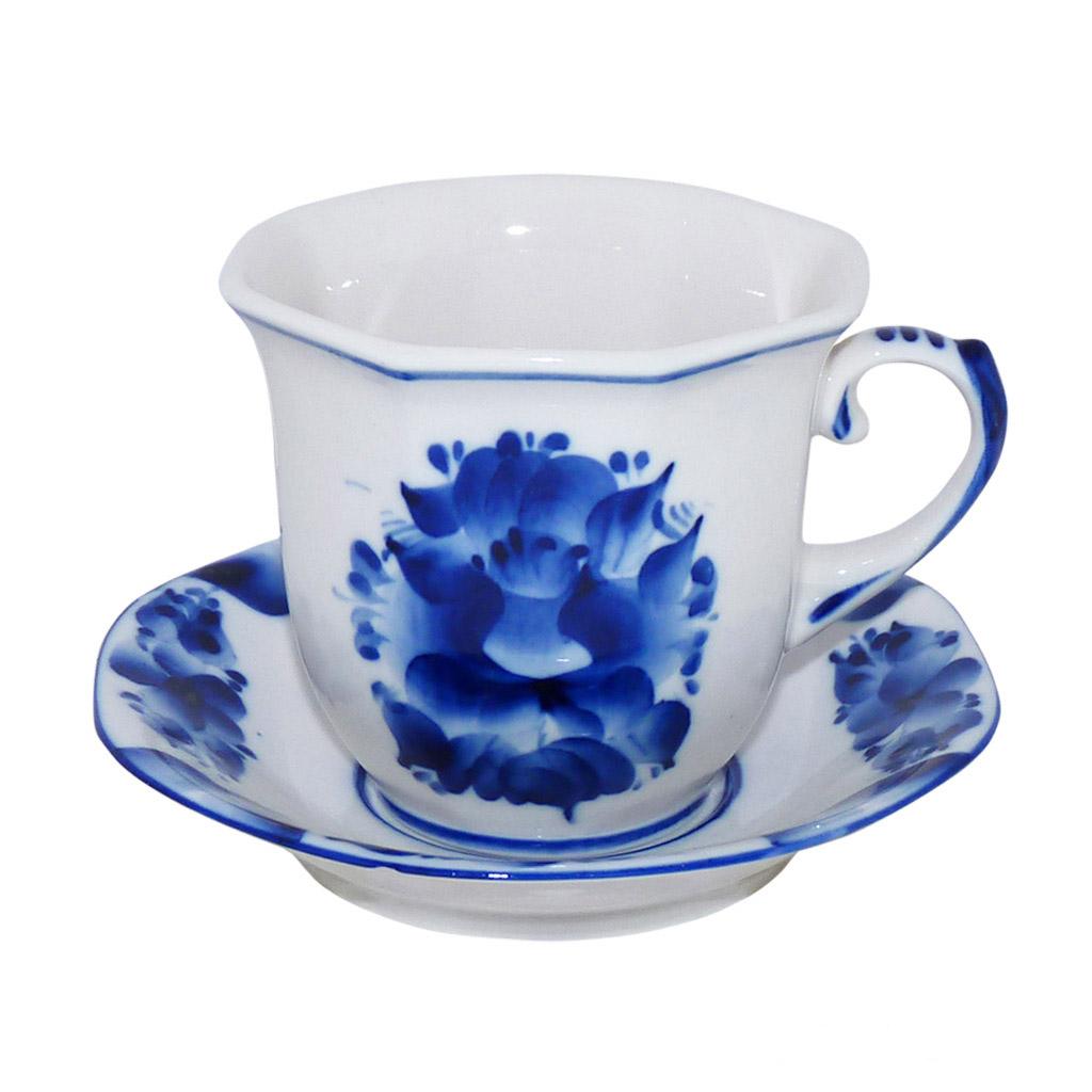 Чайная пара Гранен. 993066412993066412Чайная пара Гранен состоит из чашки и блюдца. Оригинальный дизайн,несомненно, придется вам по вкусу.Чайная пара Гранен украсит вашкухонный стол, а также станет замечательным подарком к любому празднику.