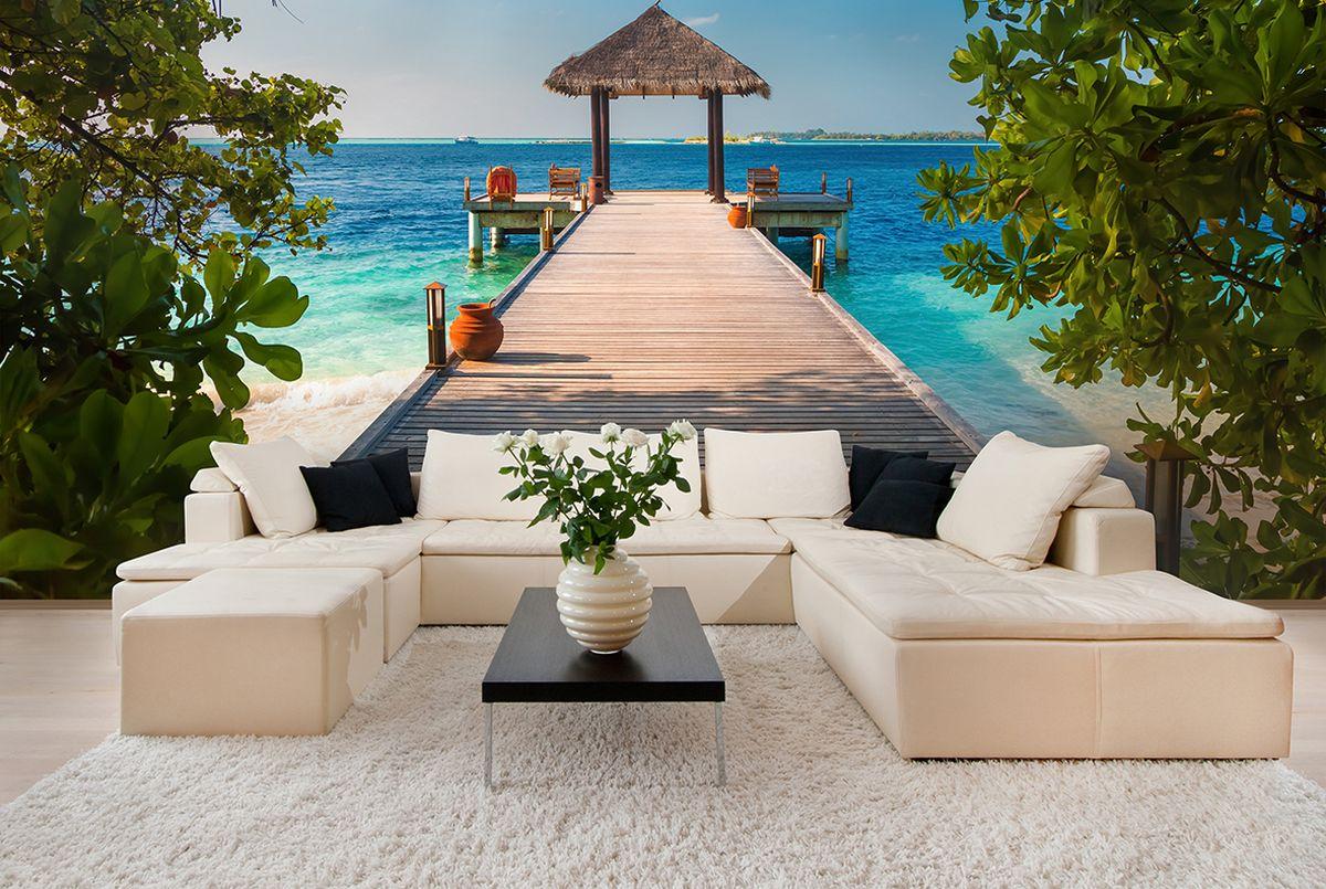 Фотообои PosterMarket Мальдивы, размер 254 х 184WM-15Спокойствие, необыкновенно красивая экваториальная природа, вечное лето и богатый подводный мир превращают Мальдивы поистине в райский уголок. Фотообои PosterMarket позволят создать неповторимый облик помещения, в котором они размещены. Фотообои наносятся на стены одним большим полотном. Они не впитывают жир, грязь, чернила, краски и пластилин. Фотообои снова вошли в нашу жизнь, став модным направлением декорирования интерьера. Выбрав правильную фактуру и сюжет изображения можно добиться невероятного эффекта живого присутствия.