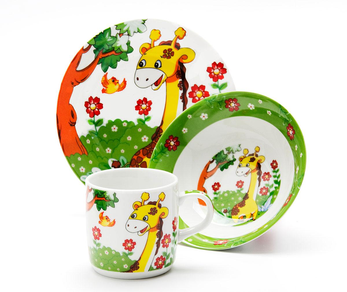 Набор посуды Loraine Жираф, 3 предмета24020Набор посуды Жираф сочетает в себе изысканный дизайн с максимальной функциональностью.В набор входят суповая тарелка, обеденная тарелка и кружка.Предметы набора выполнены из высококачественной керамики, декорированы красочным рисунком.Благодаря такому набору обед вашего ребенка будет еще вкуснее. Набор упакован в красочную, подарочную упаковку.Диаметр суповой тарелки: 15 см. Диаметр обеденной тарелки: 17,5 см. Объем кружки: 230 мл.