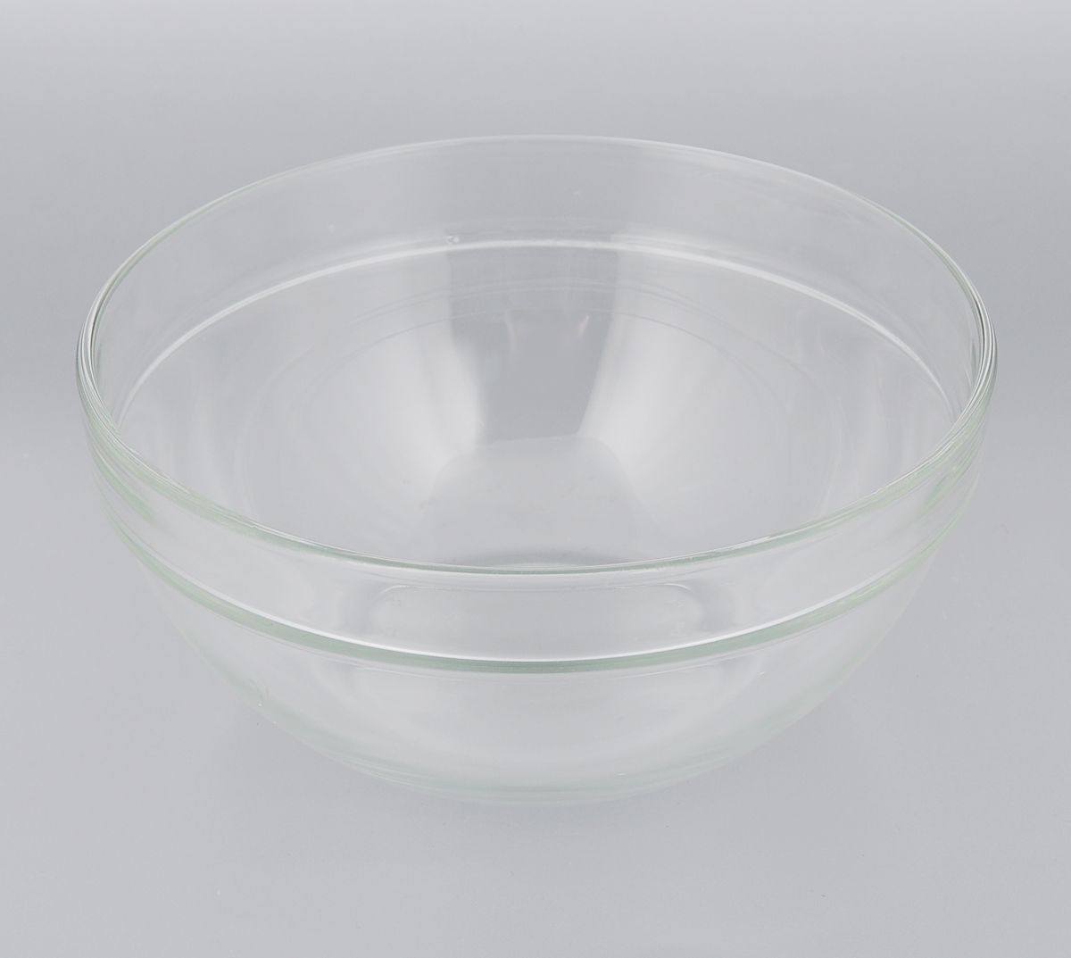 Салатник Luminarc Эмпилабль, диаметр 20 см. 7311273112Салатник Luminarc Эмпилабль выполнен изударопрочного стекла. Изделие придется по вкусу иценителям классики,и тем, кто предпочитает утонченность иизысканность.Салатник Luminarc Эмпилабль идеально подойдетдля сервировкистола и станет отличным подарком к любомупразднику. Диаметр (по верхнему краю): 20 см.