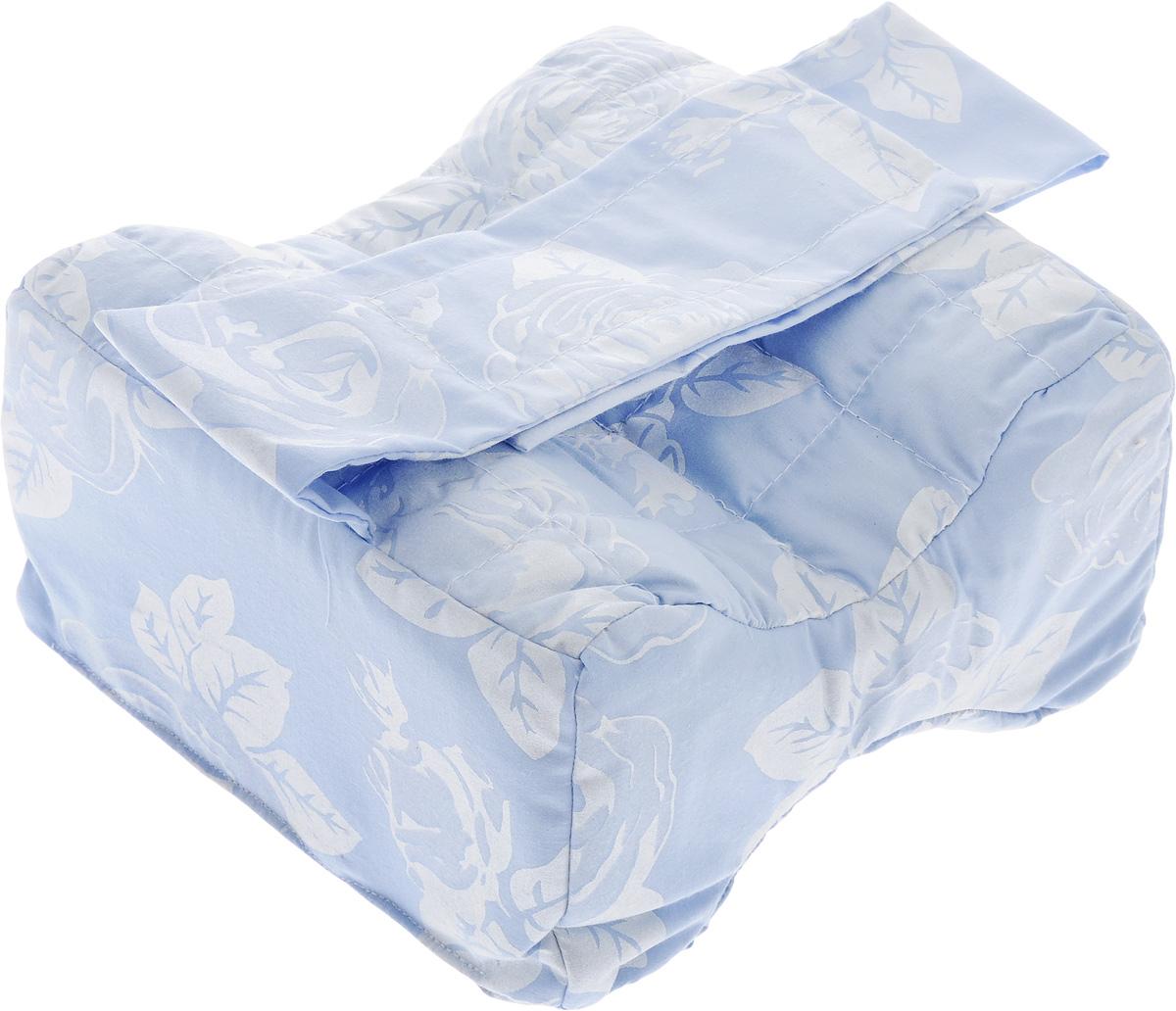 Подушка для ног Smart Textile Удобный сон, наполнитель: лузга гречихи, 21 х 12 х 20 смC230Подушка для ног Smart Textile Удобный сон наполнена лепестками лузги гречихи, которые обладают ортопедическим эффектом и являются экологически чистым материалом. Такая подушка идеально подходит для сна на боку и исключает неудобное положение ног. Форма изделия снижает давление одного колена на другое. Благодаря наполнителю из лепестков лузги гречихи подушка сохраняет комфортную температуру, препятствует потению, обминается по форме тела, обеспечивает микромассаж кожи и поверхностных мышц, что в свою очередь улучшает кровообращение, исключает затечность ног.Чехол подушки выполнен из тиковой ткани, которая хорошо удерживает наполнитель и надолго сохраняет форму.Особенно хорошо подходит для домашнего ухода для людей с постельным режимом.Рекомендации по уходу:Стирка, отбеливание и глажка утюгом запрещены.Рекомендуется обычная химчистка, а также сушка на горизонтальной плоскости в тени.