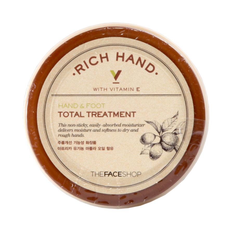 The Face Shop Крем для рук и ног Rich Hand&Foot Treatment, 110 млУТ000001694Не липкий, быстро впитывающийся нежный крем для рук и ног. Обеспечивает увлажнение и мягкость для сухой и грубой кожи. Предотвращает шелушение, растрескивание кожи, смягчает огрубевшую кожу даже на проблемных зонах.