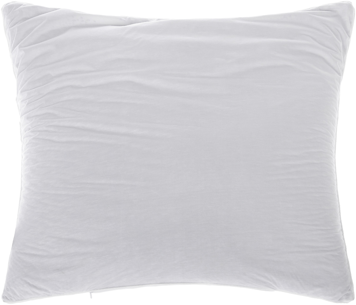 Подушка Smart Textile Эко-сон, наполнитель: лузга гречихи, 68 х 68 смDF07Подушка Smart Textile Эко-сон подарит вам незабываемое чувство комфорта и умиротворения.Чехол выполнен из ткани тенсель. Изделие имеет окантовку и застежку-молнию, через которую удобно отсыпать наполнитель, еслиподушка вам покажется высокой или плотной.Тенсель - это ткань натурального происхождения,которая выполнена из древесного австралийскогоэвкалипта. Верхний слой 100%Tentel, который покрыт дышащей, водоотталкивающей, полиуретановой оболочкой.Наполнителем в такой подушке являетсялузга гречихи. Лузга гречихи дает естественную поддержку головыв удобном положении во время сна, улучшаякровоток, обеспечивает максимальный прилив бодрости и сил после отдыха. Лепестки лузги гречихи имеют полую трехграннуюструктуру, наполнитель легкий и динамичный,позволяет принять во сне естественную поддержку головы в удобномположении. Подушка обладает антибактериальной активностьюк культурам St.aureus(Золотистый стафилококк) и Kl.pneumonia(Клебсиелла пневмония). Аллергия - это довольно неприятное явление длячеловека, обладающего повышеннойчувствительностью к какому-либо компонентуокружающей его среды. Одним из самыхраспространенных аллергенов - этопыль, а точнее пылевые клещи, которые ивызывают недомогания. Лечение аллергии -довольно сложный процесс. Поэтомуэффективнее всего будет профилактика аллергии.Лучший способ предотвратитьвозникновение аллергической реакции - этоизбегать контакта с аллергеном или, по крайнеймере, свести эти контакты кминимуму. Ткань непроницаема для клеща,домашней пыли и аллергенов. При этом онасохраняет проницаемость для воздуха и паровводы. Клещ не получает основную его пищу - этомельчайшие частицы нашей кожи,поэтому быстро гибнет.Рекомендации по уходу: Ручная стирка при температуре воды до 60°С.Отбеливание запрещено. Разрешены деликатная барабанная сушка, химчистка и глажка.