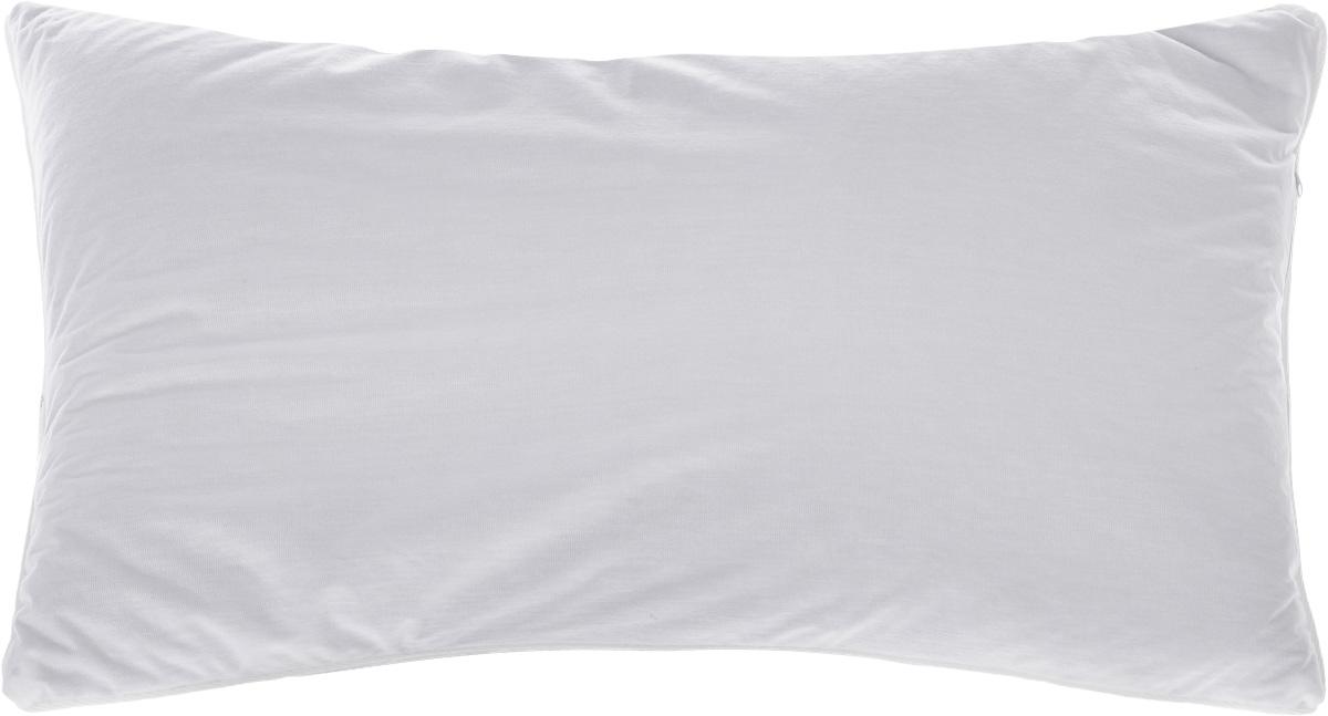 Подушка Smart Textile Эко-сон, наполнитель: лузга гречихи, 38 х 58 смDF05Подушка Smart Textile Эко-сон подарит вамнезабываемое чувство комфорта и умиротворения.Чехол выполнен из ткани тенсель. Изделие имеетокантовку и застежку-молнию, через которую удобноотсыпать наполнитель, еслиподушка вам покажется высокой или плотной.Тенсель - это ткань натурального происхождения,которая выполнена из древесного австралийскогоэвкалипта. Верхний слой 100%Tentel, который покрыт дышащей,водоотталкивающей, полиуретановой оболочкой.Наполнителем в такой подушке являетсялузга гречихи. Лузга гречихи дает естественную поддержку головыв удобном положении во время сна, улучшаякровоток, обеспечивает максимальный приливбодрости и сил после отдыха. Лепестки лузгигречихи имеют полую трехграннуюструктуру, наполнитель легкий и динамичный,позволяет принять во сне естественную поддержкуголовы в удобномположении. Подушка обладает антибактериальной активностьюк культурам St.aureus(Золотистый стафилококк) и Kl.pneumonia(Клебсиелла пневмония). Аллергия - это довольно неприятное явление длячеловека, обладающего повышеннойчувствительностью к какому-либо компонентуокружающей его среды. Одним из самыхраспространенных аллергенов - этопыль, а точнее пылевые клещи, которые ивызывают недомогания. Лечение аллергии -довольно сложный процесс. Поэтомуэффективнее всего будет профилактика аллергии.Лучший способ предотвратитьвозникновение аллергической реакции - этоизбегать контакта с аллергеном или, по крайнеймере, свести эти контакты кминимуму. Ткань непроницаема для клеща,домашней пыли и аллергенов. При этом онасохраняет проницаемость для воздуха и паровводы. Клещ не получает основную его пищу - этомельчайшие частицы нашей кожи,поэтому быстро гибнет.Рекомендации по уходу: Не стирать, не гладить.Отбеливание запрещено. Разрешена деликатная химчистка.