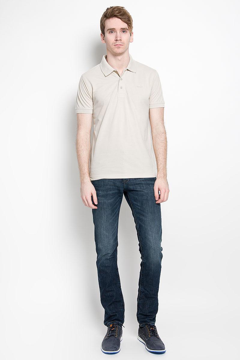 Поло мужское Karff, цвет: светло-бежевый. 97013-02. Размер L (52)97013-02Мужская футболка-поло Karff, изготовленная из натурального хлопка, обладает высокой теплопроводностью, воздухопроницаемостью и гигроскопичностью, позволяет коже дышать.Модель с короткими рукавами и отложным воротником - идеальный вариант для создания оригинального современного образа. Сверху футболка-поло застегивается на 3 пуговицы. Низ рукавов и воротник модели выполнены резинкой. На груди изделие оформлено вышивкой в виде названия бренда.Такая модель подарит вам комфорт в течение всего дня и послужит замечательным дополнением к вашему гардеробу.