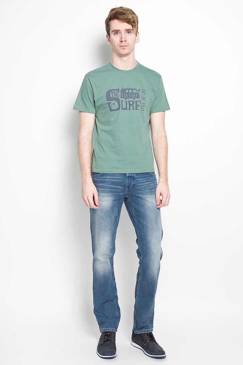 Футболка мужская F5, цвет: серо-зеленый. 02285. Размер XL (52)02285Стильная мужская футболка F5, изготовленная из натурального хлопка, прекрасно подойдет для повседневной носки. Материал очень мягкий и приятный на ощупь, не сковывает движения и позволяет коже дышать. Модель с короткими рукавами и круглым вырезом горловины оформлена на груди оригинальным принтом. Вырез горловины дополнен эластичной трикотажной резинкой.Такая модель будет дарить вам комфорт в течение всего дня и станет стильным дополнением к вашему гардеробу.