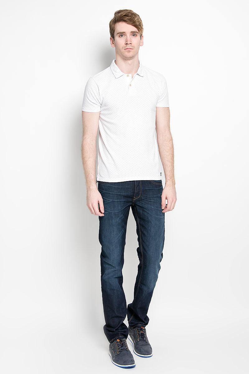 Поло мужское Broadway Erland, цвет: белый. 20100123 000. Размер L (50)20100123 000Стильная мужская футболка-поло Broadway, выполненная из высококачественного хлопка, обладает высокой теплопроводностью, воздухопроницаемостью и гигроскопичностью, позволяет коже дышать.Модель с короткими рукавами и отложным воротником - идеальный вариант для создания оригинального современного образа. Сверху футболка-поло застегивается на две пуговицы. По бокам модели предусмотрены небольшие разрезы. Изделие оформлено оригинальным принтом.Такая футболка-поло подарит вам комфорт в течение всего дня и послужит замечательным дополнением к вашему гардеробу.