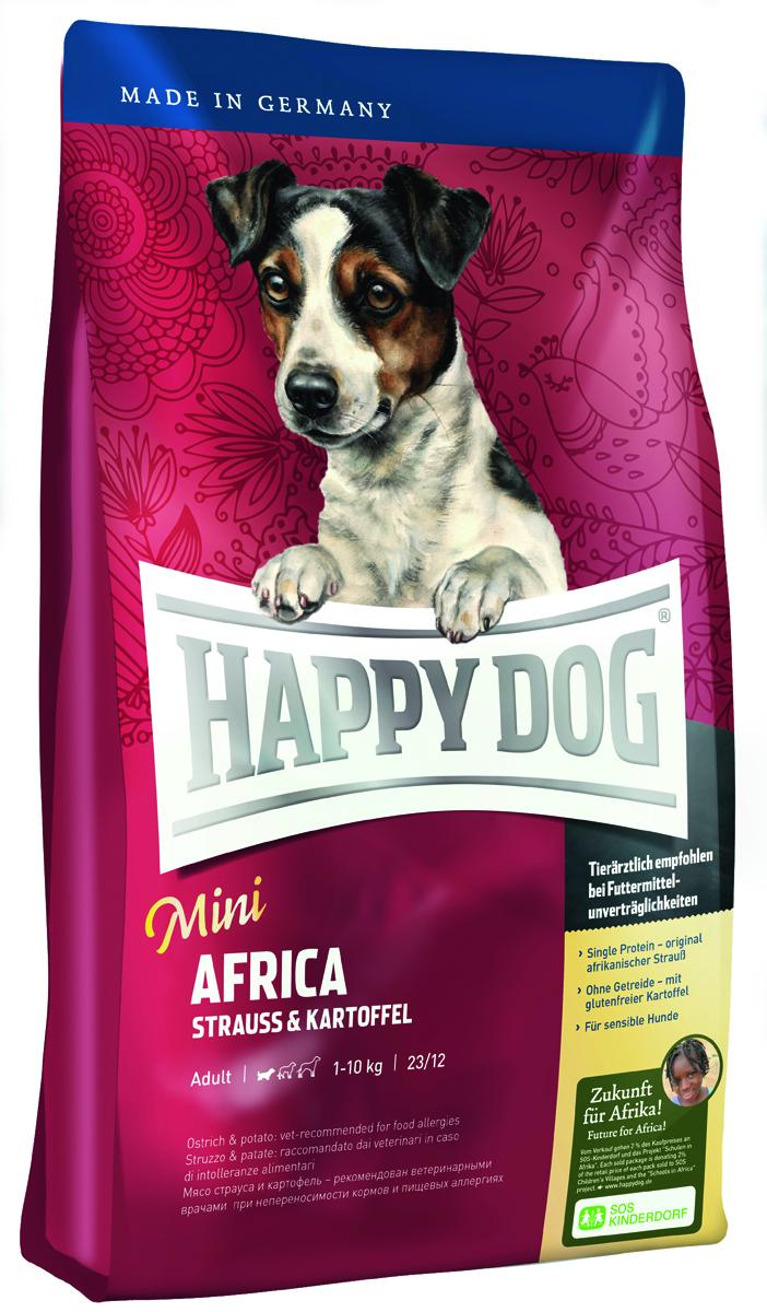 Корм сухой Happy Dog Африка для собак мелких пород, со страусом и картофелем, 4 кг60121Сухой корм Happy Dog Африка идеален для всех требовательных лакомок небольшого размера, которые предпочитают нестандартный корм или очень разборчивы в еде. Он хорошо подходит также для собак мелких пород с чувствительным пищеварением, так как учитывает их особые потребности. Уникальная формула корма объединяет мясо страуса и картофель. Мясо страуса является источником очень редкого белка и идеально подходит для собак, страдающих пищевой непереносимостью. Картофель не содержит глютена и рекомендован для собак, не переносящих злаки. Эксклюзивную рецептуру дополняют ценные Омега-3 и Омега-6 жирные кислоты, которые гарантируют собаке здоровую кожу и блестящую шерсть. Очень маленькие крокеты идеально соответствуют форме челюстей собак мелких пород.Состав: картофельные хлопья (48%), страус (18%), картофельный белок, птичий жир, масло из семян подсолнечника, гидролизат печени, свекольная пульпа, яблочная пульпа (0,8%), рапсовое масло, морская соль, дрожжи (экстрагированные).Аналитический состав: сырой протеин 23%, сырой жир 12%, сырая клетчатка 3%, сырая зола 7,5%, кальций 1,3%, фосфор 0,95%, натрий 0,35%, Омега - 6 жирные кислоты 2,8%, Омега - 3 жирные кислоты 0,3%.Витамины/кг: витамин А 12000 М.E., витамин D3 1200 М.E., витамин Е 75 мг, витамин В1 4 мг, витамин В2 6 мг, витамин В6 4 мг, биотин 575 мкг, кальций D-пантотенат 10 мг, ниацин 40 мг, витамин В12 70 мкг, холинхлорид.Микроэлементы/кг: железо 60 мг, медь 105 мг, цинк 12 мг, марганец 125 мг, йод 25 мг, селен 2 мг.Товар сертифицирован.Расстройства пищеварения у собак: кто виноват и что делать. Статья OZON Гид