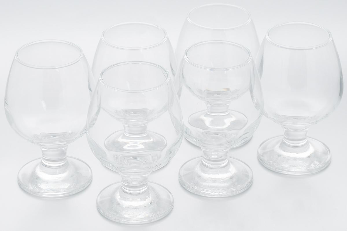 Набор бокалов Pasabahce Bistro, 250 мл, 6 шт44483BНабор Pasabahce Bistro состоит из шести бокалов, выполненных из прочного натрий-кальций-силикатного стекла. Изделия оснащены невысокими изящными ножками, отлично подходят для подачи коньяка, бренди и других напитков. Бокалы сочетают в себе элегантный дизайн и функциональность. Набор бокалов Pasabahce Bistro прекрасно оформит праздничный стол и создаст приятную атмосферу за ужином. Такой набор также станет хорошим подарком к любому случаю. Можно мыть в посудомоечной машине.Диаметр бокала по верхнему краю: 5 см. Высота бокала: 12 см.