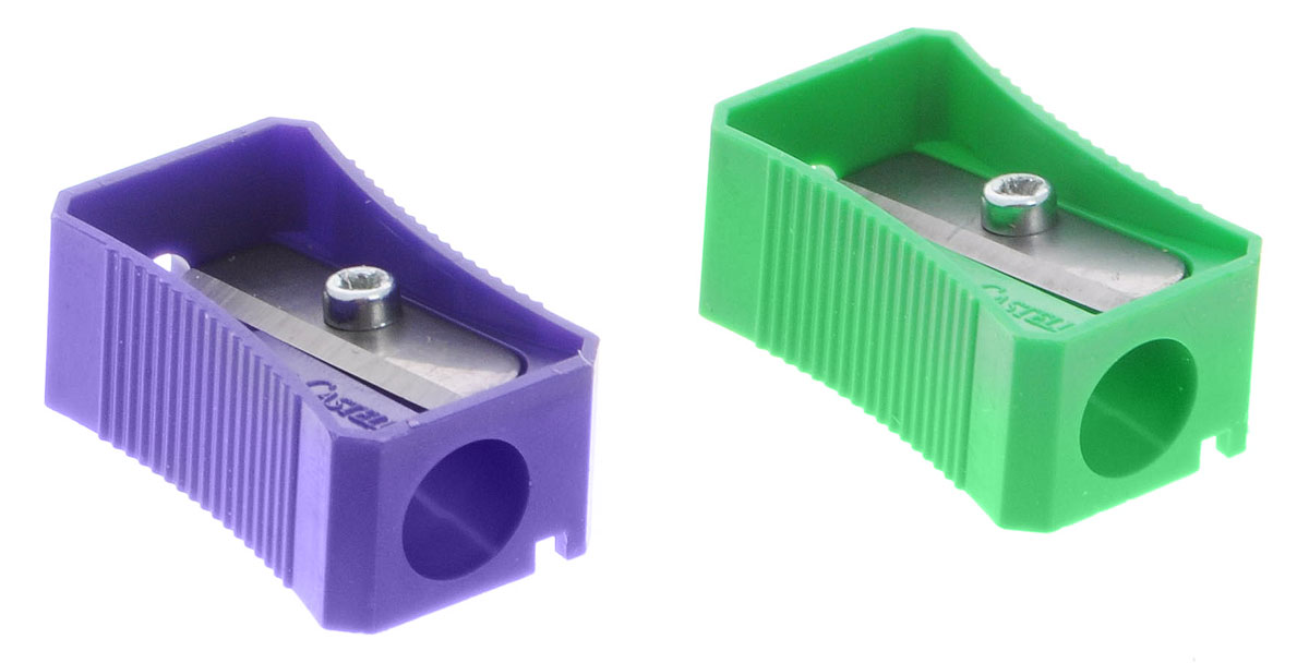 Faber-Castell Точилка цвет зеленый фиолетовый 2 шт263221_зеленый/фиолетовыйТочилка Faber-Castell предназначена для затачивания классических простых и цветных карандашей.В наборе две точилки из пластика зеленого и фиолетового цветов с рифленой областью захвата. Острые лезвия обеспечивают высококачественную и точную заточку деревянных карандашей.