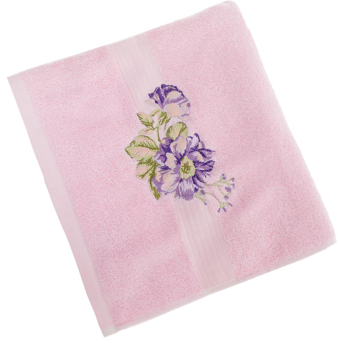 Полотенце Soavita Пион, цвет: розовый, 70 х 140 см51826Полотенце Soavita Пион выполнено из 100% хлопка. Изделие отлично впитывает влагу, быстро сохнет, сохраняет яркость цвета и не теряет форму даже после многократных стирок. Полотенце очень практично и неприхотливо в уходе. Оно создаст прекрасное настроение и украсит интерьер в ванной комнате.