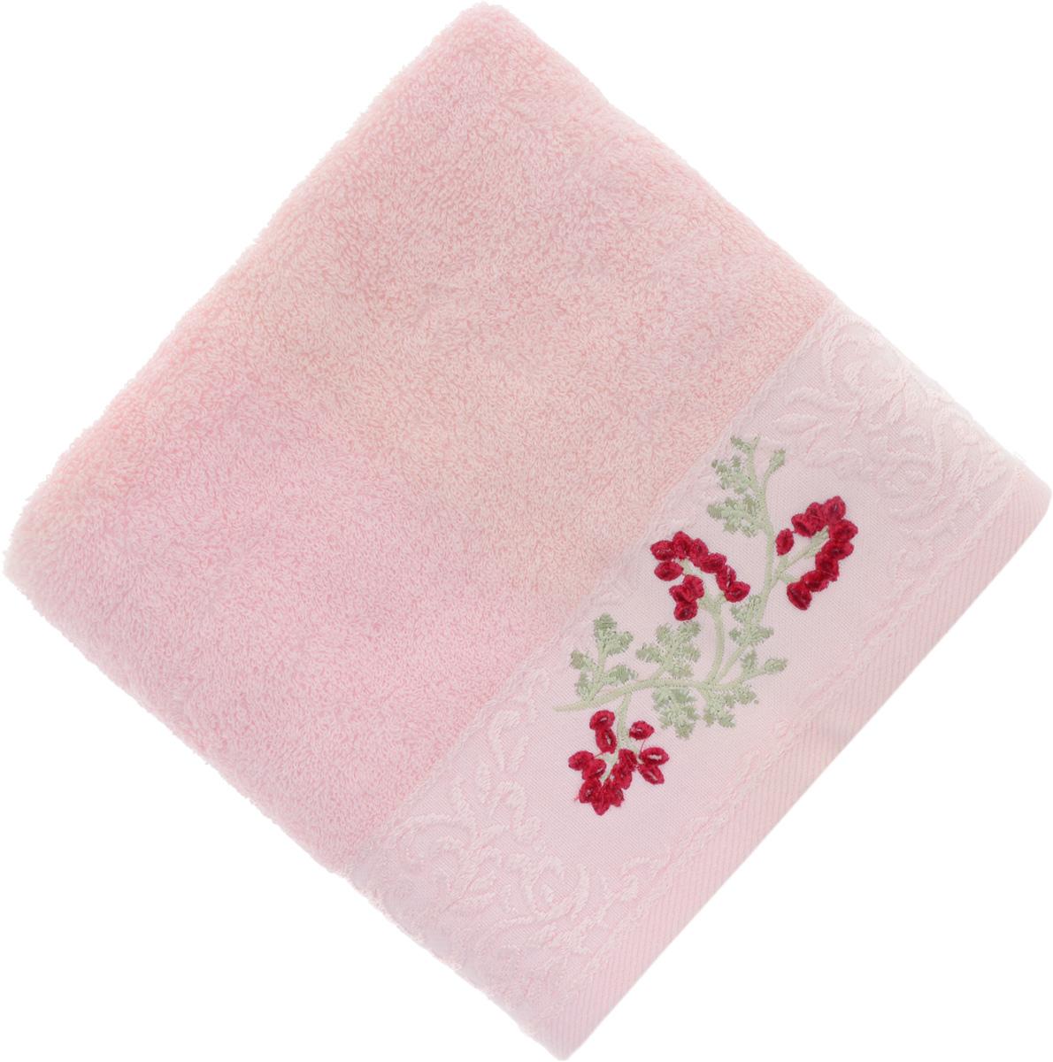 Полотенце Soavita Кизил, цвет: розовый, 50 х 90 см51819Полотенце Soavita Кизил выполнено из 100% хлопка. Изделие отлично впитывает влагу, быстро сохнет, сохраняет яркость цвета и не теряет форму даже после многократных стирок. Полотенце очень практично и неприхотливо в уходе. Оно создаст прекрасное настроение и украсит интерьер в ванной комнате.