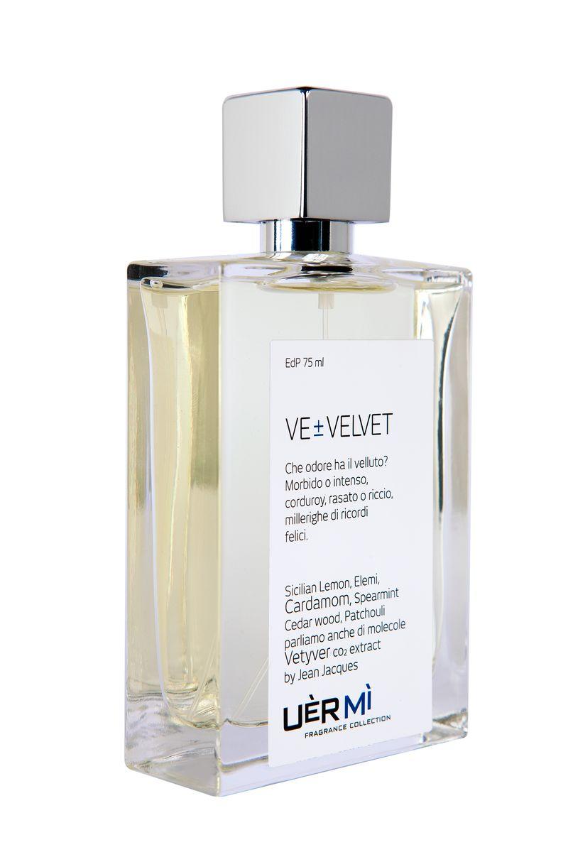 Uermi Velvet Парфюмерная вода, 75млUE001VE Velvet – аромат-впечатление парфюмера Жан-Жак от прикосновения к бархату. Мягкость ткани передано необычной парфюмерной композицией лимона, элеми, кардамона, мяты , кедра, пачули и ветивера.