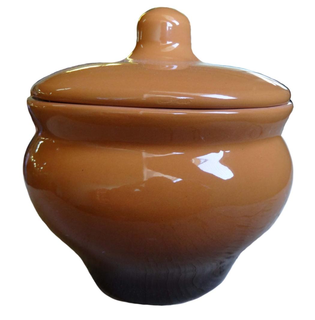 Горшочек Борисовская керамика Мечта хозяйки, цвет: коричневый, 350 мл. ОБЧ14457930ОБЧ14457930Если вы любите готовить небольшие блюда, вроде сытных жульенов или отдельно запеченного мяса - горшочек Борисовская керамика Мечта хозяйки именно для вас. Объем изделия позволяет использовать его для приготовления мини-блюд. Но это еще не все - горшочек будет очень удобен для хранения специй и приправ. Он выполнен из высококачественной керамики. В результате вы получаете одновременно посуду для приготовления и емкость для хранения. Горшочек подходит для использования в духовке и микроволновой печи. Диаметр (по верхнему краю): 9,7 см. Высота горшочка (без учета крышки): 8 см.