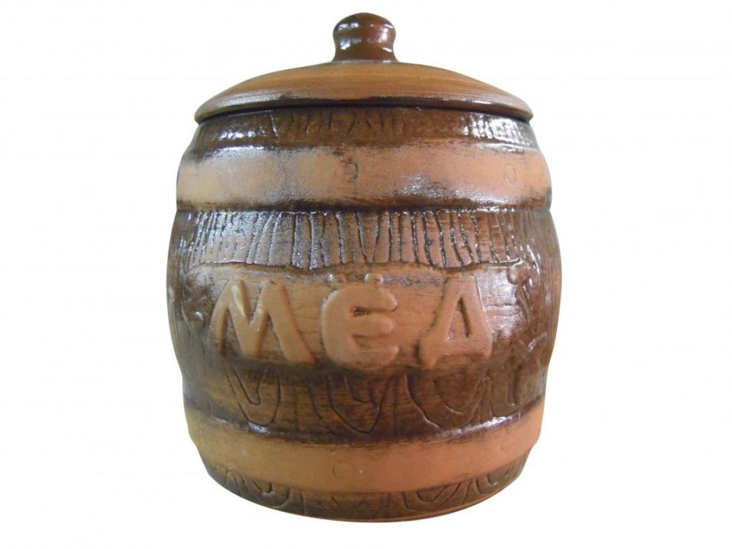 Бочонок Борисовская керамика Мед, 1,2 л19771Бочонок Борисовская керамика Мед выполнен из высококачественной глазурованной керамики и имеет оригинальный эффект старины. Этот удобный бочонок предназначен для компактного хранения меда. Бочонок Борисовская керамика Мед будет оригинально смотреться в любом интерьере.Посуда термостойкая. Можно использовать в духовке и микроволновой печи. Диаметр: 14 см. Высота: 16 см.