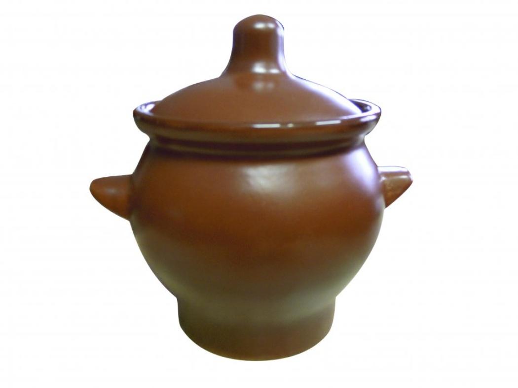 Горшок для жаркого Борисовская керамика Шелк, с ручками, 650 млШЛК00000346Горшок для жаркого Борисовская керамика Шелк выполнен из высококачественной керамики. Внешняя поверхность гладкая, на ощупь напоминающая шелк. Керамика абсолютно безопасна, поэтому изделие придется по вкусу любителям здоровой и полезной пищи. Горшок для запекания с крышкой очень вместителен и имеет удобную форму. Идеально подходит для одной порции. Уникальные свойства красной глины и толстые стенки изделия обеспечивают эффект русской печи при приготовлении блюд. Это значит, что еда будет очень вкусной, сочной и здоровой.Посуда жаропрочная. Можно использовать в духовке и микроволновой печи.