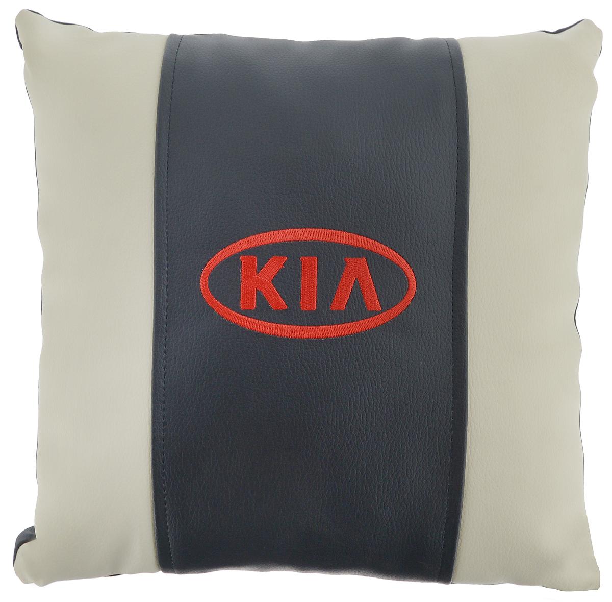 Подушка на сиденье Autoparts Kia, цвет: молочный, темно-серый, 30 х 30 смМ054Подушка на сиденье Autoparts Kia создана для тех, кто весь свой день вынужден проводить за рулем. Чехол выполнен из высококачественной дышащей экокожи. Задняя часть темно-серого цвета. Наполнителем служит холлофайбер. На задней части подушки имеется змейка.Особенности подушки:- Хорошо проветривается.- Предупреждает потение.- Поддерживает комфортную температуру.- Обминается по форме тела.- Улучшает кровообращение.- Исключает затечные явления.- Предупреждает развитие заболеваний, связанных с сидячим образом жизни. Подушка также будет полезна и дома - при работе за компьютером, школьникам - при выполнении домашних работ, да и в любимом кресле перед телевизором.
