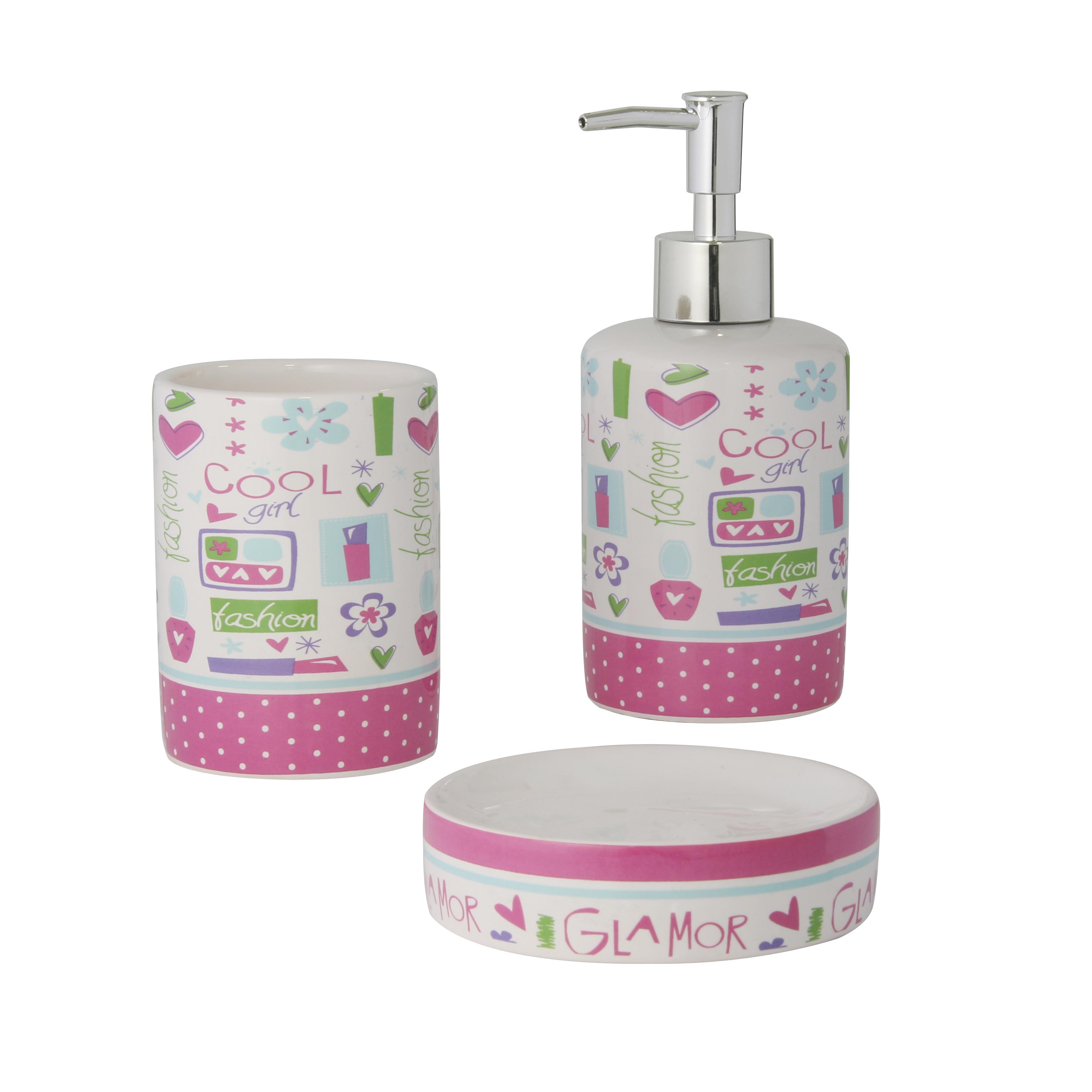 Набор для ванной комнаты Axentia Lily, 3 предмета122501Набор для ванной комнаты Axentia Lily, выполнен из натуральной и элегантной керамики, состоит из стакана для зубных щеток, дозатора для жидкого мыла и мыльницы. Изделия декорированы яркими цветными рисунками.Аксессуары, входящие в набор Axentia Lily, выполняют не только практическую, но и декоративную функцию. Они способны внести в помещение изысканность, сделать пребывание в нем приятным и даже незабываемым. Размер стакана для щеток: 7,5 х 7,5 х 10 см. Размер дозатора: 7,5 х 7,5 х 18 см. Размер мыльницы: 10,5 х 10,5 х 2,5 см.