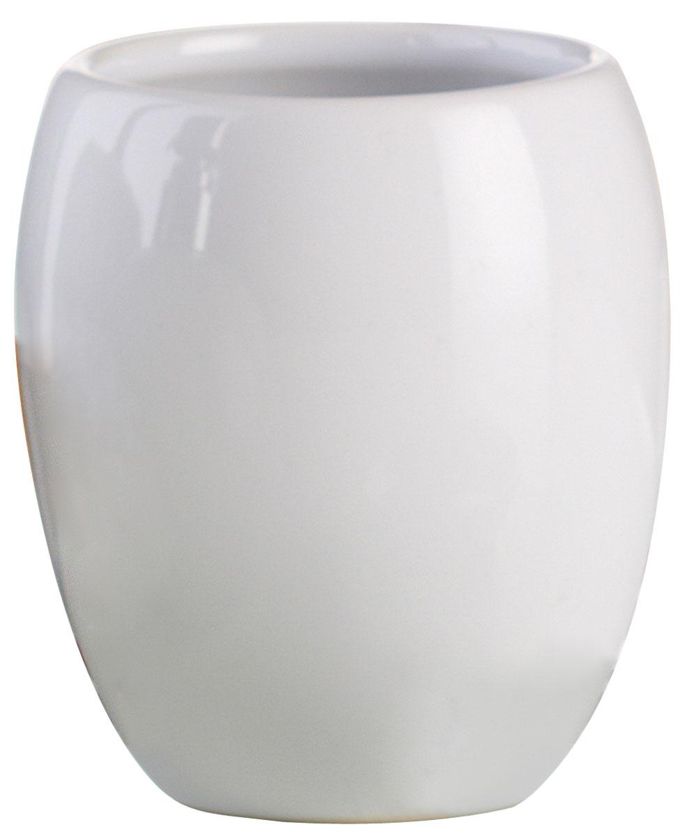 """Стакан для ванной комнаты Axentia """"Leandr"""" изготовлен из натуральной и элегантной керамики  белого цвета. Изделие превосходно дополнит интерьер ванной комнаты, отлично сочетается с  другими аксессуарами из коллекции """"Leandr"""". Высота стакана: 9 см. Диаметр стакана (по верхнему краю): 7,5 см."""