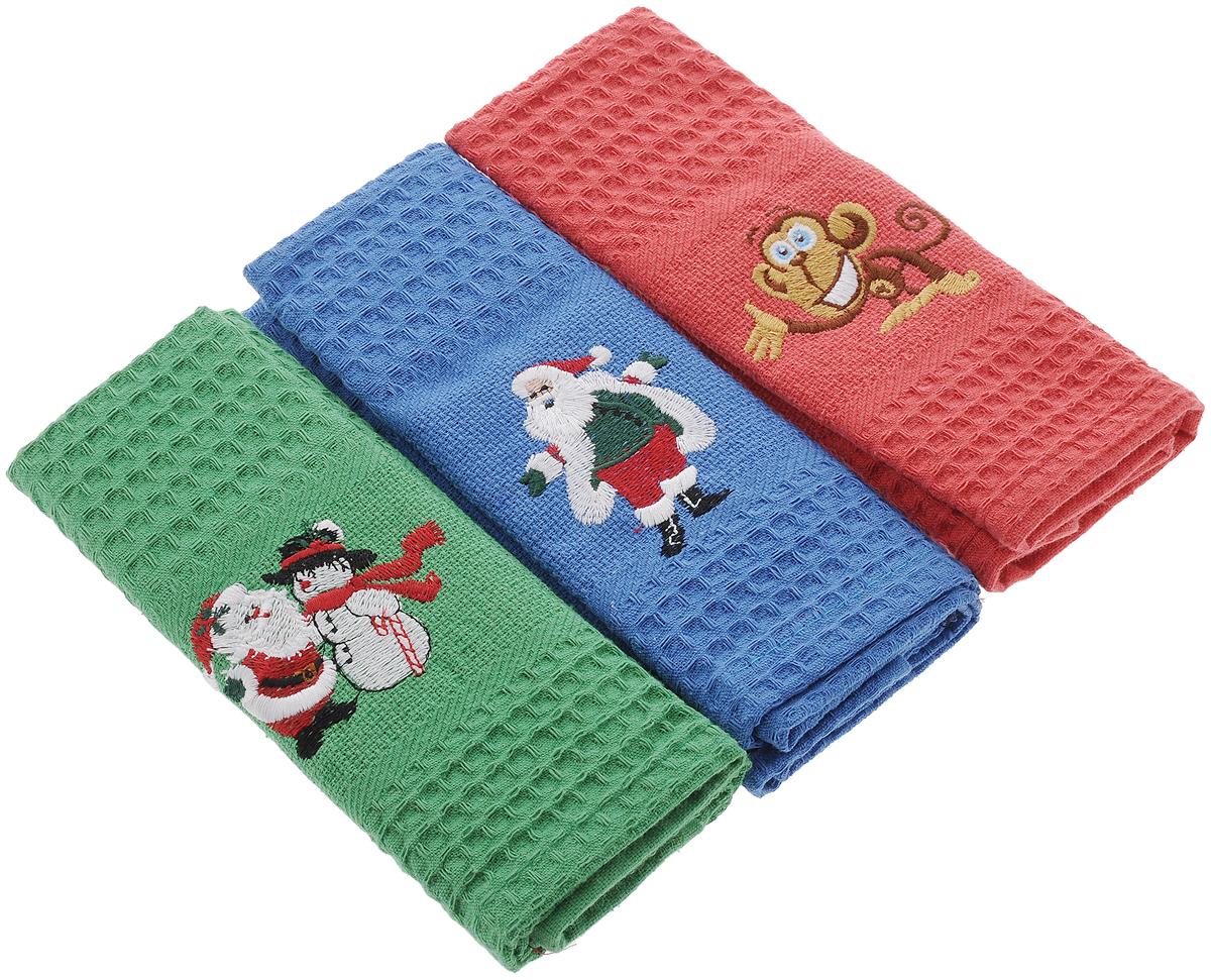 Набор кухонных полотенец Soavita С Новым годом, 40 х 60 см, 3 шт. 6658966589Набор Soavita С Новым годом состоит из трех полотенец, выполненных из 100% хлопка. Изделия предназначены для использования на кухне и в столовой.Полотенца упакованы в пластиковую сумку с текстильной ручкой.Набор полотенец Soavita С Новым годом - отличное приобретение для каждой хозяйки.Комплектация: 3 шт.