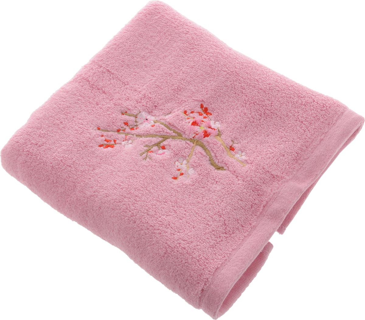 Полотенце Soavita Spring, цвет: розовый, 50 х 90 см63983Полотенце Soavita Spring выполнено из 100% хлопка. Изделие отлично впитывает влагу, быстро сохнет, сохраняет яркость цвета и не теряет форму даже после многократных стирок. Полотенце очень практично и неприхотливо в уходе. Оно создаст прекрасное настроение и украсит интерьер в ванной комнате.