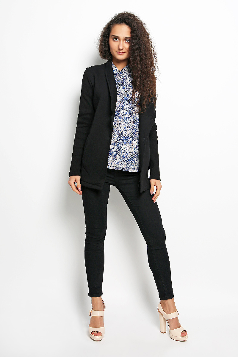 Жакет женский Rocawear, цвет: черный. R011633. Размер S (44)R011633Женский жакет Rocawear станет модным и стильным дополнением вашего образа. Выполненный из эластичного хлопка с добавлением полиэстера, он имеет приятную на ощупь текстуру, не сковывает движений, обеспечивая комфорт. Лицевая сторона изделия гладкая, изнаночная с мягким и теплым начесом. Жакет с отложным воротником с лацканами и длинными рукавами застегивается спереди на металлическую кнопку. Изделие имеет два втачных кармана. Рукава модели изготовлены из рифленой ткани.Такой жакет будет дарить вам комфорт в течение всего дня!