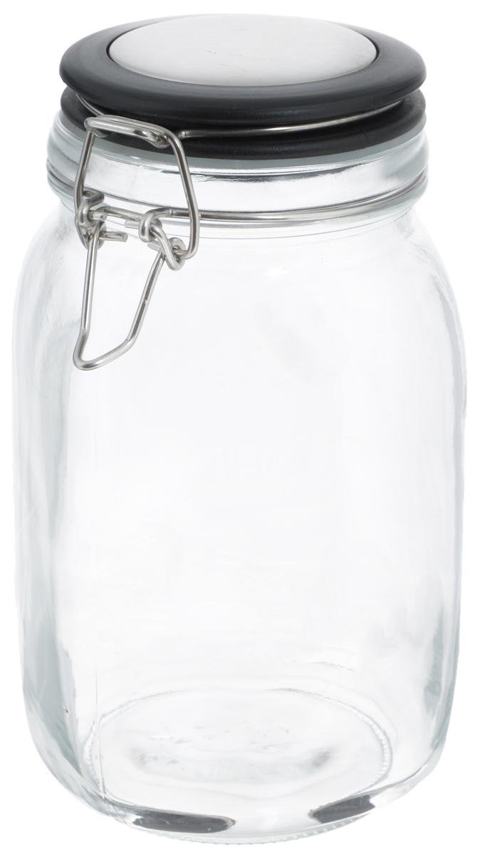 Банка для хранения Zeller, 1,5 л. 1995219952Банка Zeller, изготовленная из прочного стекла, снабжена пластиковой крышкой с силиконовым уплотнителем. Металлическая клипса плотно и герметично закрывается, дольше сохраняя аромат и свежесть содержимого.Изделие подходит для хранения сыпучих продуктов: круп, чая, специй, орехов, сахара и многого другого. Функциональная и вместительная, такая банка станет незаменимым аксессуаром на любой кухне. Диаметр банки (по верхнему краю): 9,5 см.Высота банки (с учетом крышки): 20 см.