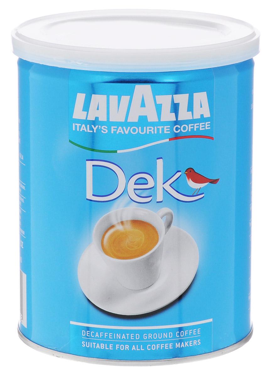 Lavazza Caffe Decaffeinato кофе молотый, 250 г8000070011052Кофе Lavazza Caffe Decaffeinato представляет собой хорошо сбалансированную смесь из 100% арабики и робусты, выращенной на плантациях Центральной Америки. Смесь предназначена для ценителей кофейного напитка, предпочитающих кофе без кофеина. Насыщенный вкус, богатый аромат и превосходная пенка соблазнительно коричневого цвета - характерные качества смеси Lavazza Caffe Decaffeinato, которыми можно насладиться от каждого выпитого глотка. Кофе можно приготовить любым способом, как с помощью кофемашины, так и в обычной кофеварке. Следует отметить богатый, мягкий вкус и насыщенный, дразнящий аромат напитка, бархатную текстуру и приятное послевкусие. Кофе Lavazza Caffe Decaffeinato создан для тех, кто ценит ароматный кофе самого высокого класса.