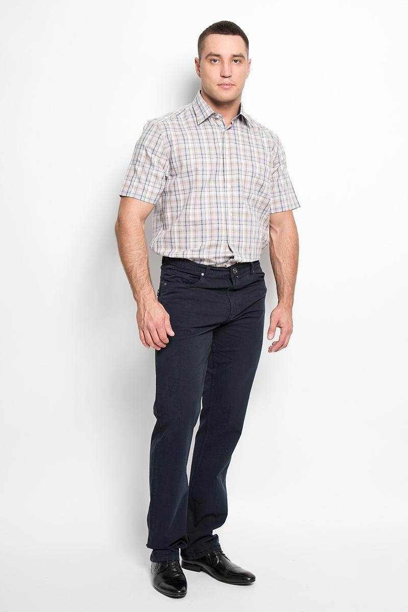 Брюки мужские F5, цвет: темно-синий. 160160_0965/L. Размер 32-32 (48-32)160160_0965/LСтильные мужские брюки F5 великолепно подойдут для повседневной носки и помогут вам создать незабываемый современный образ. Классическая модель прямого кроя и стандартной посадки изготовлена из эластичного хлопка, благодаря чему великолепно пропускает воздух, обладает высокой гигроскопичностью и превосходно сидит. Брюки застегиваются на ширинку на застежке-молнии, а также пуговицу на поясе. На поясе расположены шлевки для ремня. Брюки имеют классический пятикарманный крой: спереди модель оформлена двумя втачными карманами и одним маленьким накладным кармашком, а сзади - двумя накладными карманами.Эти модные и в тоже время удобные брюки станут великолепным дополнением к вашему гардеробу. В них вы всегда будете чувствовать себя уверенно и комфортно.