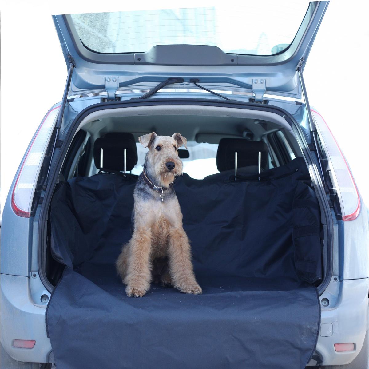 Автогамак для собак OSSO Fashion Car Premium, в багажник, 120 х 210 смГ-1007Автогамак OSSO Fashion Car Premium представляет собой функциональное приспособление для перевозки собак в салоне машины. Этот автогамак идеально подойдет для транспортировки питомца в багажнике, защитит задний бампер от царапин и багажное отделение от грязи. Незаменим при транспортировке животного после прогулок на природе, поездки в ветклинику, на выставку, охоту, рыбалку и дачу, не опасаясь испачкать или поцарапать сидения и обивку дверей. Изготовлен из прочной, дублированной, водостойкой и морозоустойчивой ткани на подкладке. Конструкция гамака предохраняет питомца от соскальзывания и передвижения по салону во время движения и резкого торможения. Чистка такого гамака не составляет никакого труда: просто стряхните засохшую грязь и песок щеткой, а затем протрите поверхность влажной губкой или тряпкой.Размеры автогамака: ширина дна - 120 см, общая длина - 210 см, высота бортов со стороны спинок сидений - 55 см, высота бортов со стороны двери багажника - 40 см.Уважаемые клиенты! Обращаем ваше внимание на цвет изделия. Цветовой вариант гамака с вариантами его использованияслужит для визуального восприятия товара. Цветовая гамма продаваемой модели отражена на дополнительной фотографии.