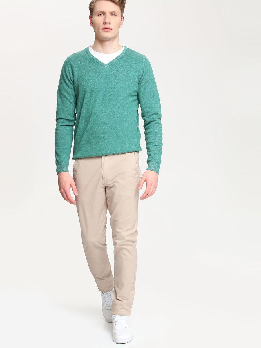 Брюки мужские Top Secret, цвет: бежевый. SSP2154BE. Размер 32 (48)SSP2154BEСтильные мужские брюки Top Secret высочайшего качества выполнены из плотного хлопка с добавлением эластана. Модель-слим станет отличным дополнением к вашему современному образу. Изделие застегивается на пуговицу в поясе и ширинку-молнию, также имеются шлевки для ремня. Спереди брюки оформлены двумя втачными карманами и одним прорезным маленьким, а сзади - двумя прорезными карманами с застежками-пуговицами.