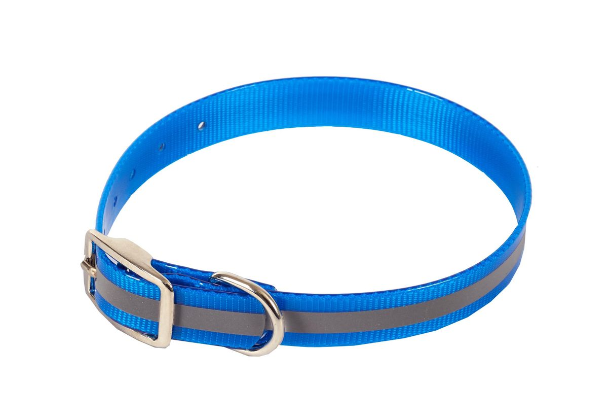 Ошейник для собак Каскад Синтетик, со светоотражающей полосой, цвет: синий, ширина 2 см, обхват шеи 25-35 см00220352-06Ошейник для собак Каскад Синтетик изготовлен из высокотехнологичного биотана (нейлон, термопластичный полиуретан). Сверхпрочный ошейник удобен и практичен в использовании, не выгорает, устойчив к влажности, не рвется и не деформируется. Изделие оснащено светоотражающей полоской. Размер ошейника регулируется с помощью металлической пряжки, которая фиксируется на одном из 6 отверстий изделия. Яркий ошейник Каскад Синтетик идеально подойдет для активных собак, для прогулок на природе и охоты в темное время суток.Минимальный обхват шеи: 25 см. Максимальный обхват шеи: 35 см. Ширина: 2 см.