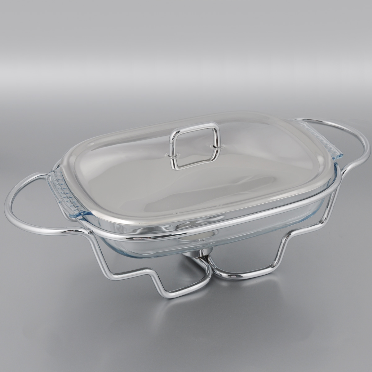 Мармит Mayer & Boch, со свечой, 1,5 л. 2088020880Мармит Mayer & Boch, изготовленный из стекла инержавеющей стали,позволит вам довольнодлительное время сохранять температуру блюда исоздаст романтическуюобстановку. Мармитпредназначен для приготовления блюд в духовке имикроволновой печи.Благодаря красивомудизайну мармит можно сразу подавать на стол, неперекладывая блюдо насервировочные тарелки. Его действие основано напринципе водяной бани.Под емкостьюустановлена 1 свеча (входит в комплект), которая, всвою очередь, нагреваетпродукты. Такимобразом, данное кухонное приспособление -превосходный способ не датьблюду остыть. Приэтом пища не пригорает, не пересыхает, сохраняетвсе свои питательные ивкусовые качества. Стеклянное блюдо можно использовать вмикроволновой печи и духовке.Можно мыть впосудомоечной машине и ставить в холодильник. Размер блюда (по верхнему краю): 25 х 18,5 см. Ширина мармита (с учетом ручек): 31 см. Высота мармита: 12 см. Диаметр свечи: 3,7 см.
